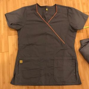Wink Scrub Set - Women's Gray w Orange details